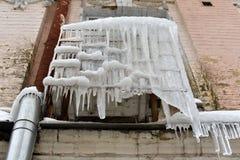 Radiador helado del acondicionador en helada extrema del invierno fotografía de archivo libre de regalías