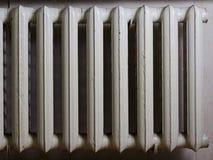 Radiador pasado de moda del calor Foto de archivo libre de regalías