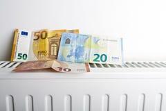 Radiateur et euro photographie stock