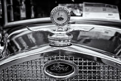 Radiator (engine cooling) and the emblem of the car Ford Model A Stock Photo