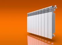 Radiator op oranje weerspiegelende achtergrond Royalty-vrije Stock Afbeeldingen