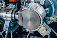 Radiatore ceramico del morsetto Sistema di riscaldamento per i tubi per le macchine di plastica dello stampaggio ad iniezione immagini stock