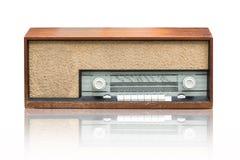 Radio d'annata sul bianco immagini stock