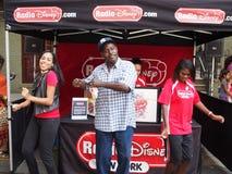 Radio Disney à une rue de NYC juste Photo stock