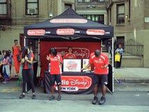Radio Disney en una calle de NYC justa fotografía de archivo libre de regalías