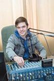 Radio DJ del ritratto dell'uomo Immagini Stock