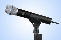 radio för clippingmikrofonbana Arkivbild