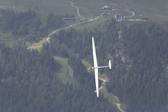 Radio gecontroleerd modelvliegtuig tijdens de vlucht Royalty-vrije Stock Afbeelding