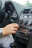 Radio i bilen Arkivbild