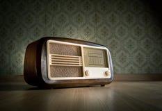 Radio pasada de moda Foto de archivo
