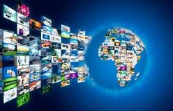 Radiodiffusione della televisione che scorre le multimedia Compositi del globo della terra Immagini Stock Libere da Diritti