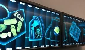 Radiografías en los posts de la seguridad Foto de archivo libre de regalías
