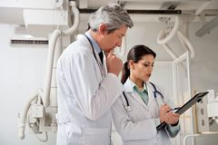Radiologists In A Discussion Royalty Free Stock Photography