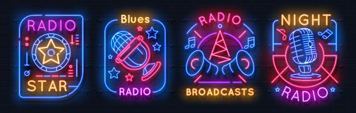 Radiosända neontecknet Glödande symboler för musik, på emblem för luftnattljus, ljudsignalt showbegrepp Vektorneonradiokommunikat royaltyfri illustrationer