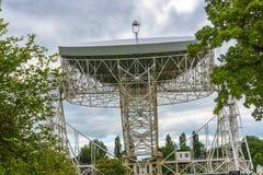Radiotélescope de banque de Jodrell dans la campagne rurale de Cheshire England Photographie stock