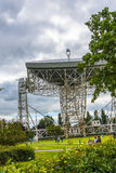 Radiotélescope de banque de Jodrell dans la campagne rurale de Cheshire England Photos libres de droits