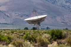 Radiotelescope dell'antenna parabolica Fotografie Stock Libere da Diritti