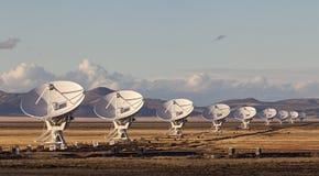 Radiotelescopio molto grande di matrice fotografie stock libere da diritti