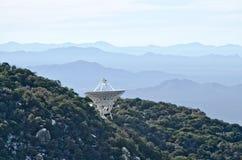 Radioteleskop på Kitt Peak National Observatory Royaltyfria Bilder