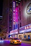Radiotrasmetta il teatro di varietà della città Fotografia Stock