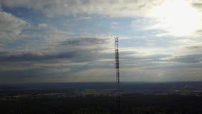 Radiowy wierza Ulbroka Latvia trutnia odgórnego widoku 4K UHD Powietrzny wideo zbiory wideo