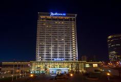 Radisson Blue hotel at night Royalty Free Stock Images