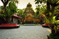 Raditional stara święta świątynia w Ubud Bali Indonezja zdjęcia stock