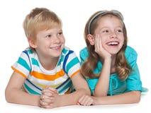 Radośni dzieci na bielu zdjęcia royalty free
