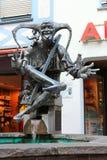 RADOLFZELL, GERMANIA, IL 14 AGOSTO 2014: fontana del giullare nel centro commerciale della passeggiata in poca città sul lago di  fotografie stock libere da diritti