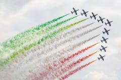 RADOM, POLEN - 23. AUGUST: Aerobatic Gruppenbildung Stockbild