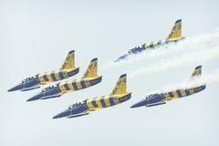 RADOM, POLEN - 26. AUGUST 2017: Aerobatic Gruppenbildung Stockfotografie