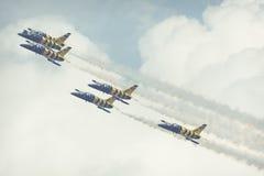 RADOM, POLOGNE - 26 AOÛT 2017 : Formation acrobatique aérienne de groupe Photo libre de droits