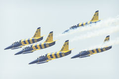 RADOM, POLOGNE - 26 AOÛT 2017 : Formation acrobatique aérienne de groupe Photographie stock