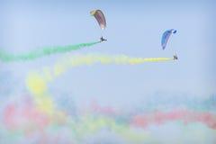 RADOMSKI, POLSKA, SIERPIEŃ - 26, 2017: Latający smoki aerobatic gr Obrazy Royalty Free