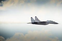RADOMSKI, POLSKA, SIERPIEŃ - 23: Slovakian siły powietrzne MiG-29 solo displ Obrazy Stock