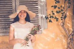 Radosna ładna Azjatycka kobieta obrazy royalty free