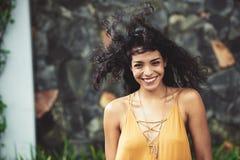 radosny młodych kobiet obrazy royalty free