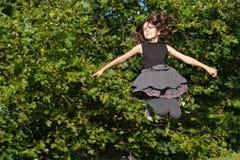 Radosny skok Zdjęcie Royalty Free