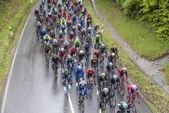 Radrennfahrer an der Höhle Finanzplatz Frankfurt Rennen-Rund um Stockfotos