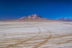 Radspuren in der Wüste Stockfotos