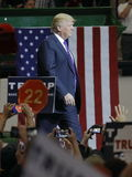 Raduno repubblicano di campagna di Donald Trump del candidato alla presidenza all'arena & al casinò del sud del punto a Las Vegas immagini stock