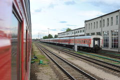 RADVILISKIS LITAUEN - JUNI 26, 2011: Litauen järnväg nätverk och spår Fotografering för Bildbyråer