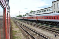 RADVILISKIS LITAUEN - JUNI 26, 2011: Litauen järnväg nätverk och spår Royaltyfria Bilder