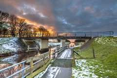 Radwegüberfahrtstraßenbrücke Lizenzfreies Stockfoto