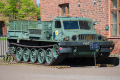 Radziecki artyleryjski gąsienicowy ciągnik ATS-59 w artyleryjskim muzeum Hameenlina obrazy royalty free