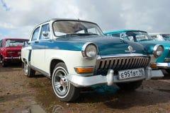 Radziecki samochodowy ` Volga ` GAZ-21 na paradzie retro samochody w Kronstadt Obraz Stock