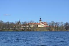 The_Radziwill_Castle_in_Nesvizh_in_spring στοκ εικόνα