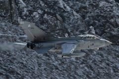 RAF ανεμοστρόβιλος μέσω του χάσματος Στοκ Φωτογραφίες