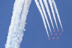 RAF Red Arrows in BAE Hawk-T1 trainers Stock Afbeelding