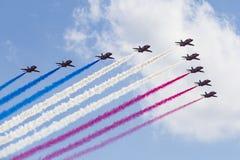 RAF Red Arrows en instructores del T1 de BAE Hawk Imágenes de archivo libres de regalías